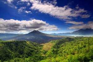 400px-Mount_Batur2