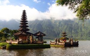 Bali_Indonesia_calender_wallpaper_1920x1200